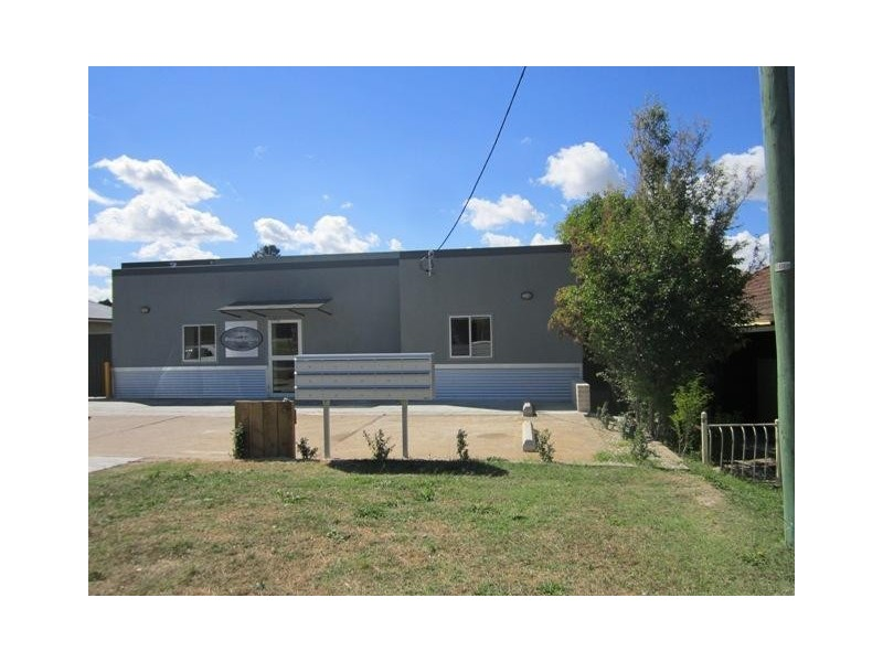 8/197a Browning Street, Bathurst NSW 2795