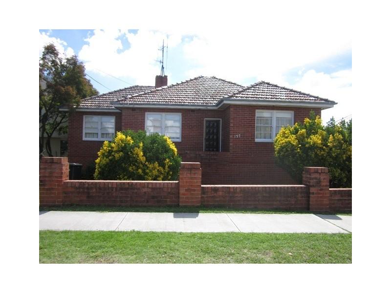 157 Mitre Street, Bathurst NSW 2795