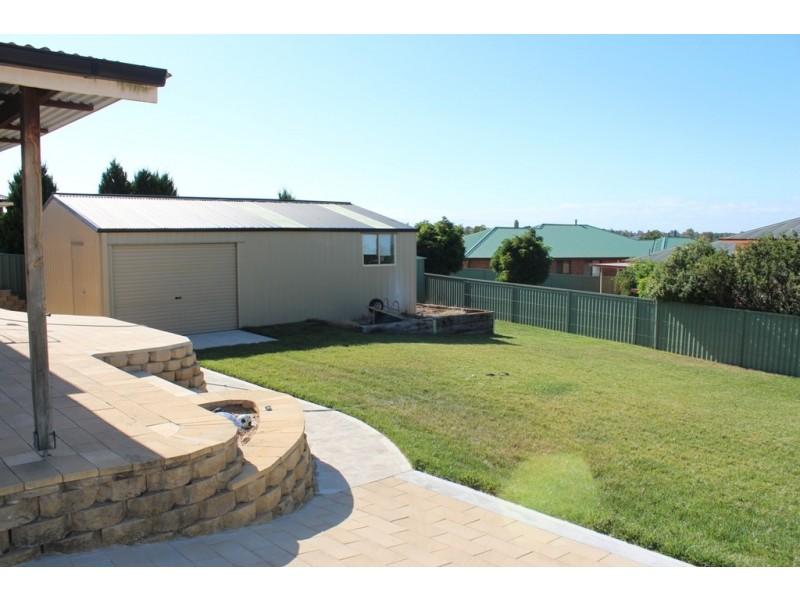 47 Halfpenny Drive, Bathurst NSW 2795