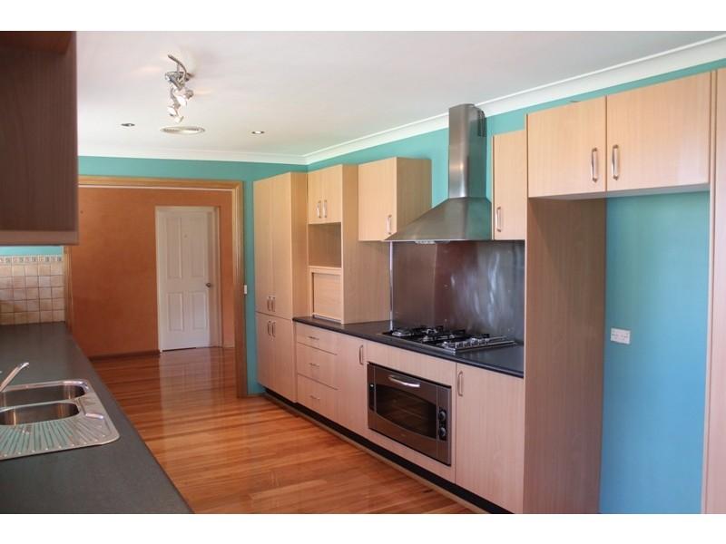 6 Merrick Close, Kelso NSW 2795