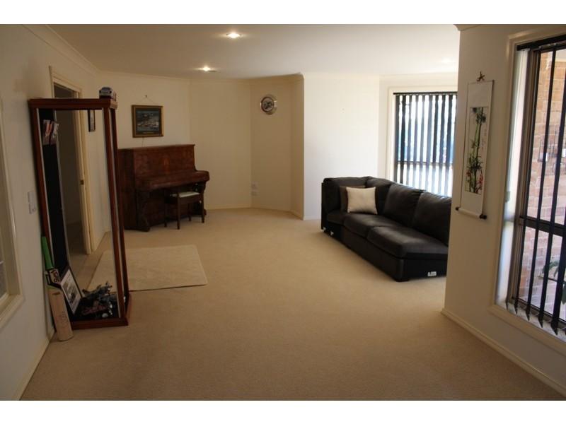 39 Arabella Place, Robin Hill NSW 2795