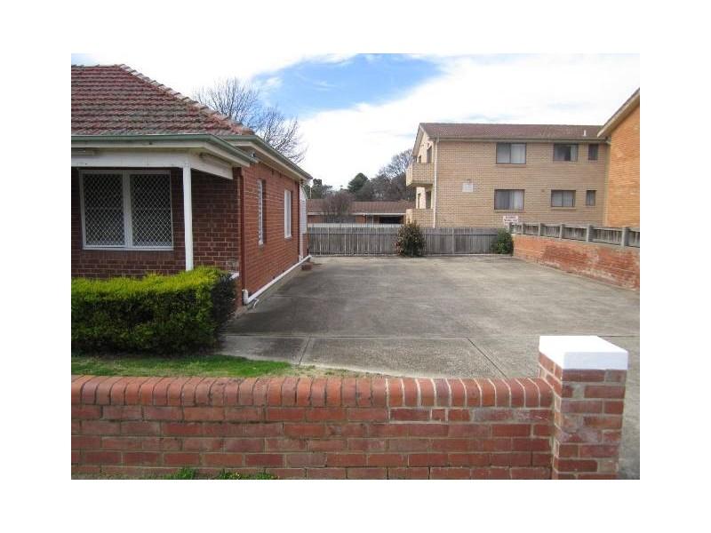 129 Piper St, Bathurst NSW 2795