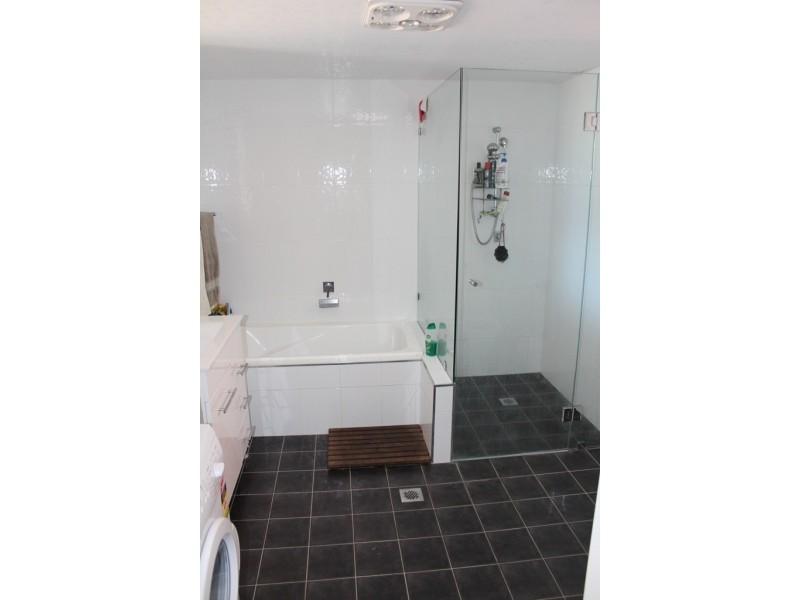 216 Peel Street, Bathurst NSW 2795
