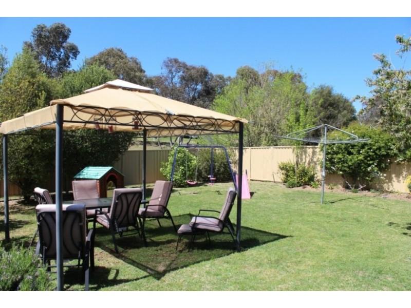 2/73 Suttor Street, West Bathurst NSW 2795