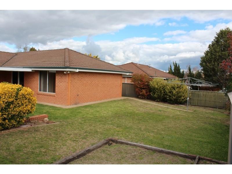 17 Crawford Crescent, Windradyne NSW 2795