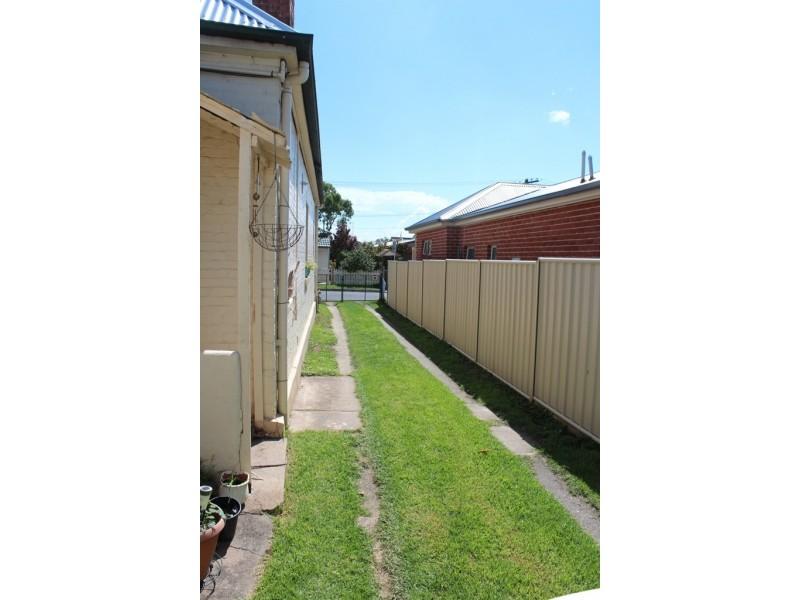 68 Railway Parade, Bathurst NSW 2795