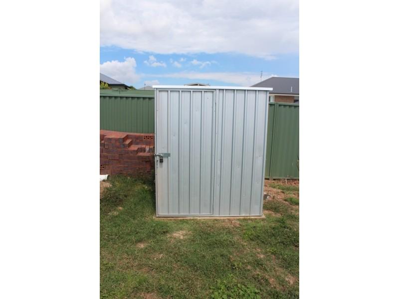 4 Blaxland Drive, Bathurst NSW 2795