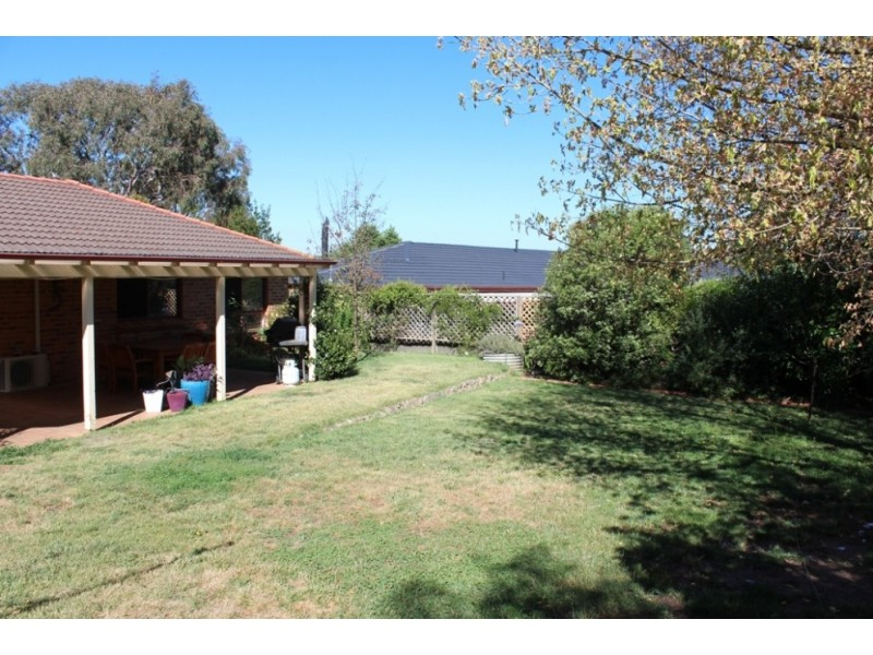 4 Elliot Close, Windradyne NSW 2795