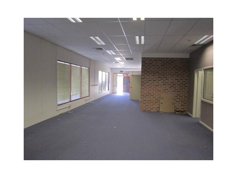 115 Bentinck Street, Bathurst NSW 2795