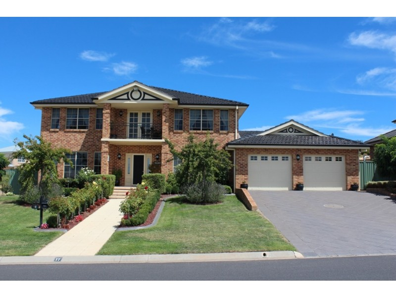 17 Colonial Circuit, Kelso NSW 2795
