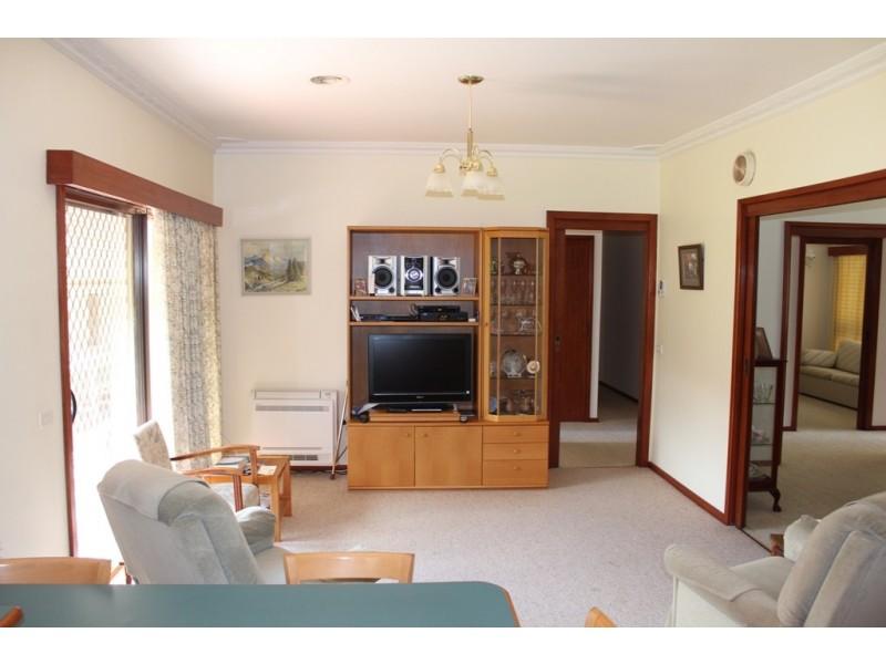 6 Dunrossil Crescent, West Bathurst NSW 2795