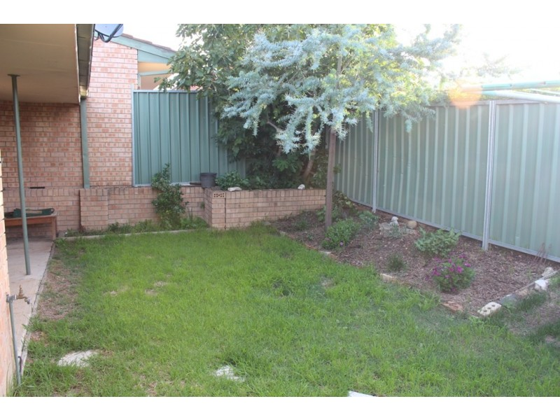 4/147 Lambert Street, Bathurst NSW 2795