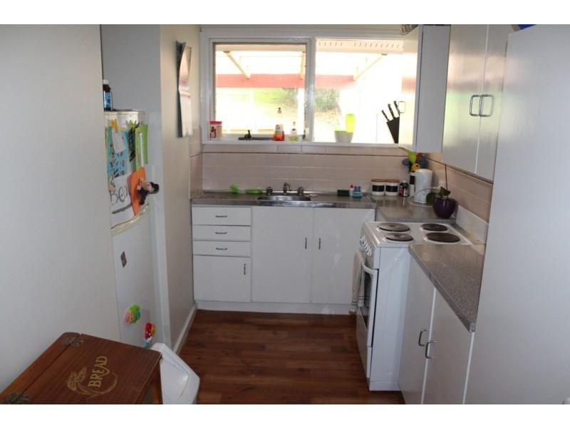 2 Middlemiss Place, West Bathurst NSW 2795