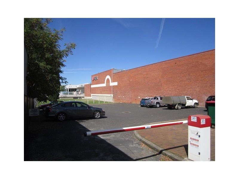 38 parking William St, Bathurst NSW 2795