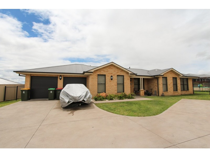 54 Marsden Lane, Kelso NSW 2795