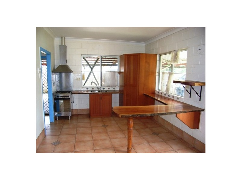 43 Braby Street, Alva QLD 4807