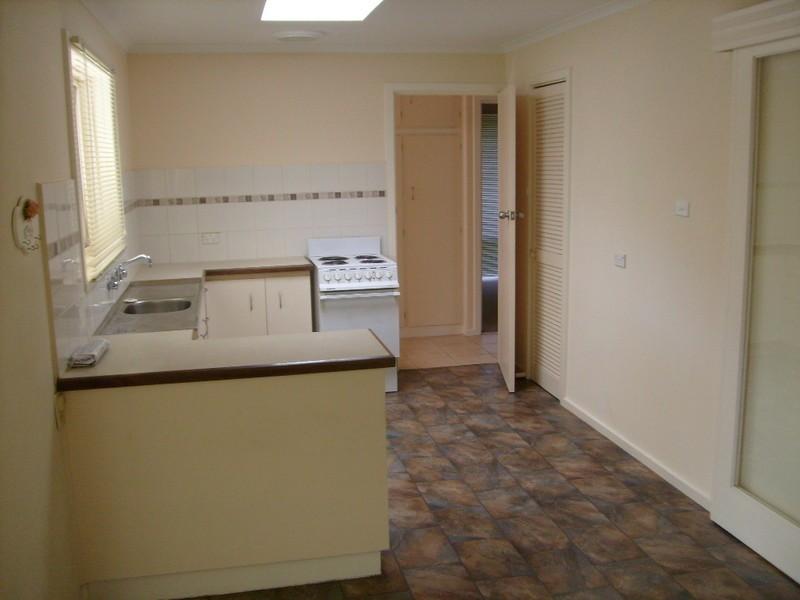 4 Torrens Place, Salisbury SA 5108