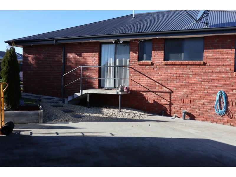 10 Evia Court, Newnham TAS 7248