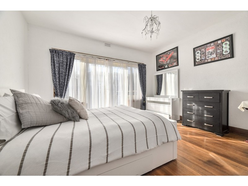 16 Woolven Street, Youngtown TAS 7249