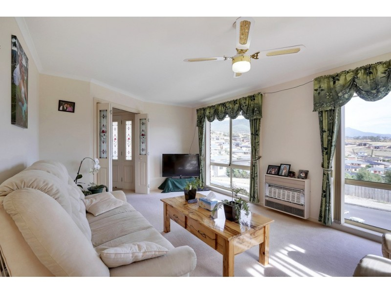 13 Baltonsborough Road, Austins Ferry TAS 7011