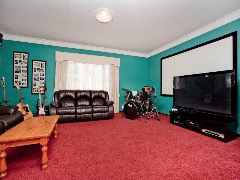 14 Hotham Crescent, Alexander Heights WA 6064