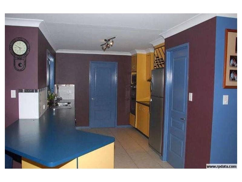 33 Sandrabarbara Drive, Booral QLD 4655