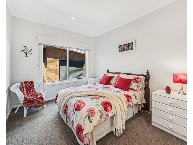 16 Norman Drive, Cowes VIC 3922