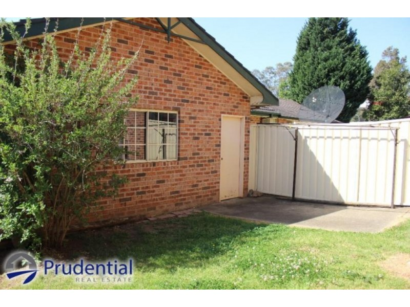 1/5 Wickfield Circuit, Ambarvale NSW 2560