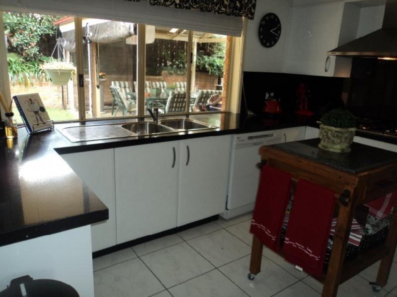 55 Clennam Avenue, Ambarvale NSW 2560