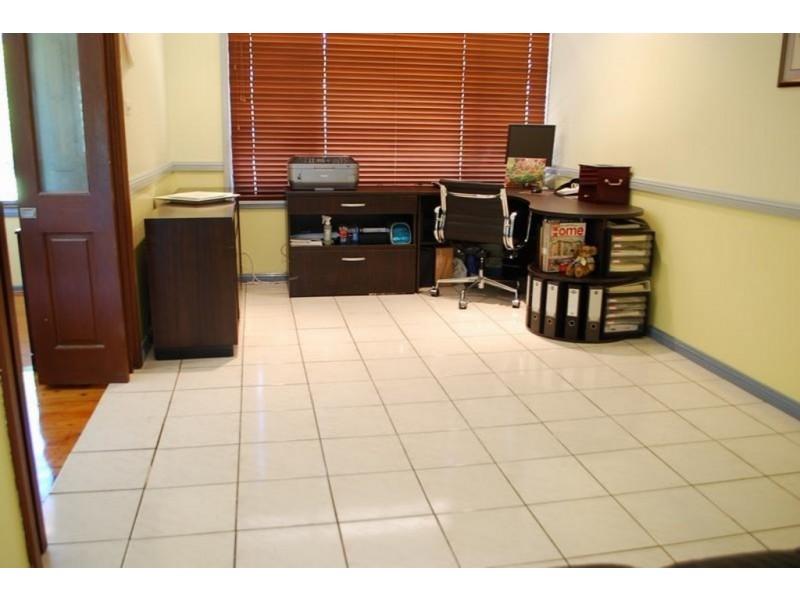 7 Tigg Place, Ambarvale NSW 2560