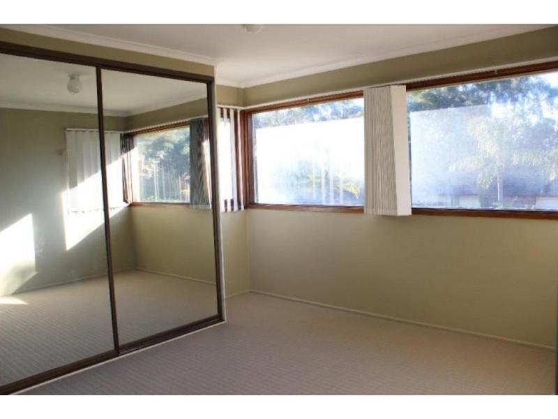 10 Peggotty Avenue, Ambarvale NSW 2560
