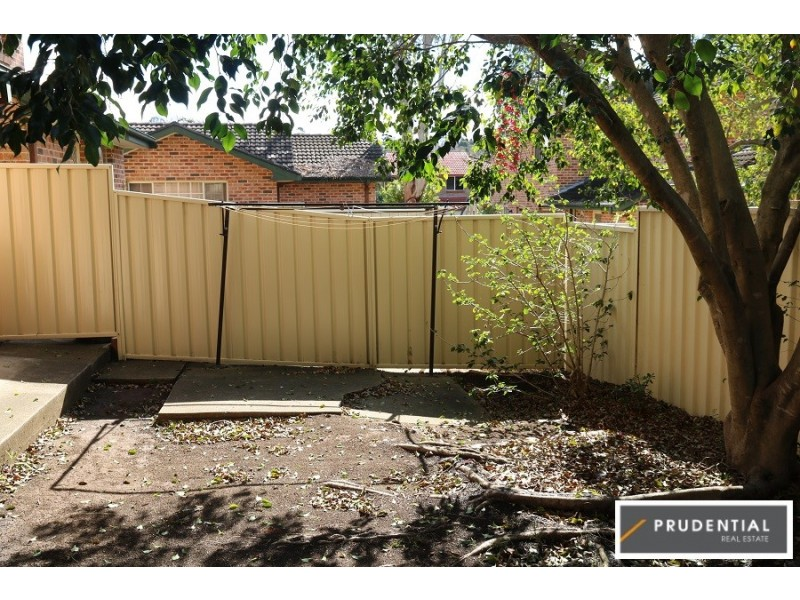 10/5 Wickfield Circuit, Ambarvale NSW 2560