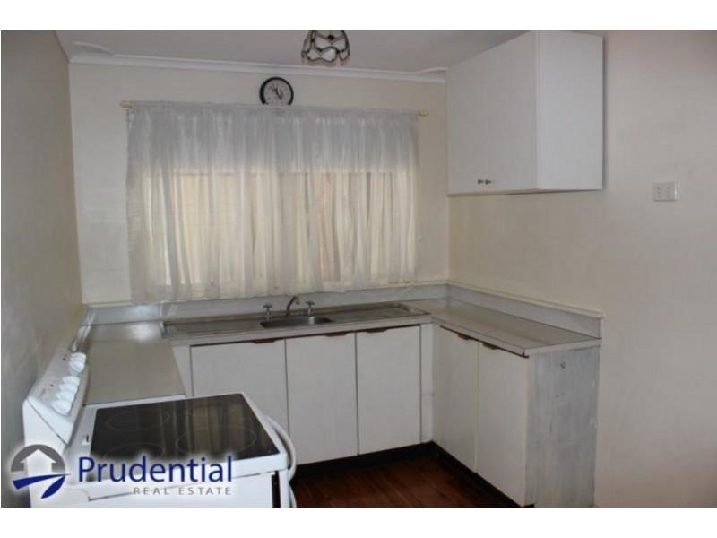 17 Jarndyce Ave, Ambarvale NSW 2560
