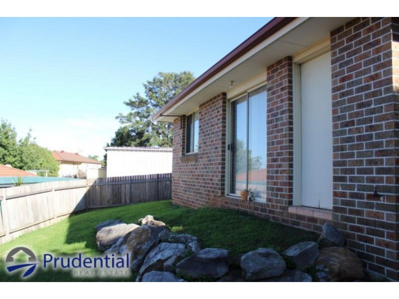 9a Merdle, Ambarvale NSW 2560