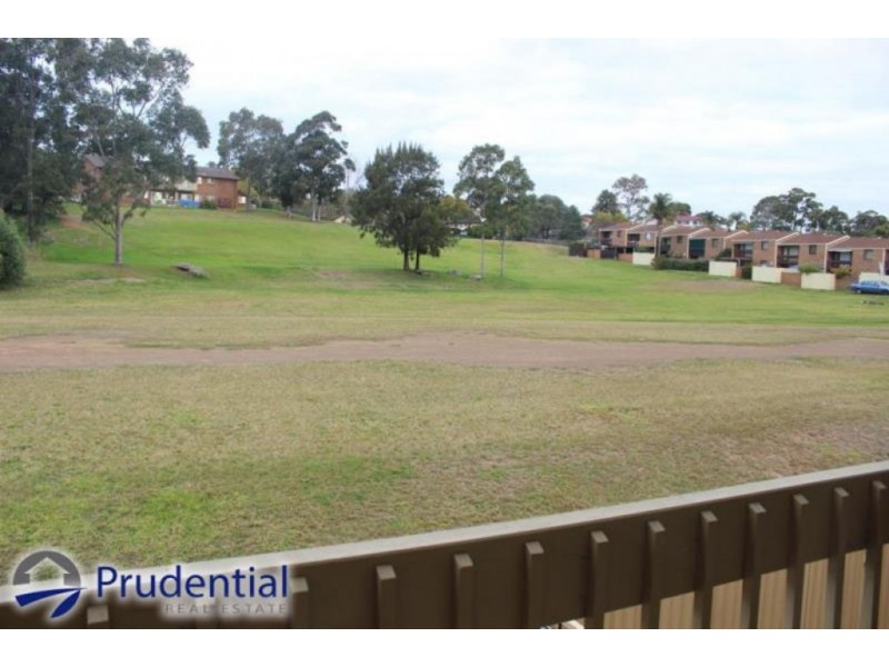 11/42 Woodhouse Drive, Ambarvale NSW 2560