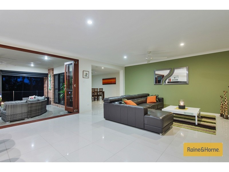 82 River Meadows Drive, Upper Coomera QLD 4209