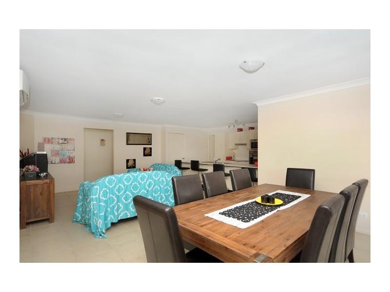 17 Woodville Court, Wyreema QLD 4352