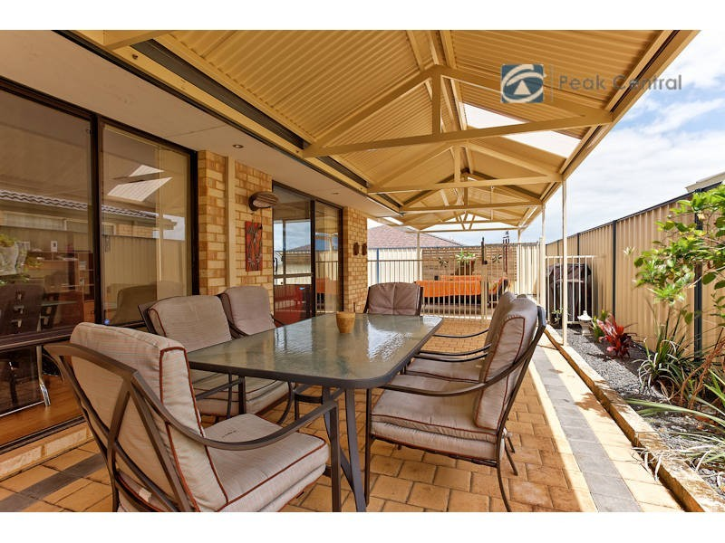 15 Brushfoot Boulevard, Success WA 6164