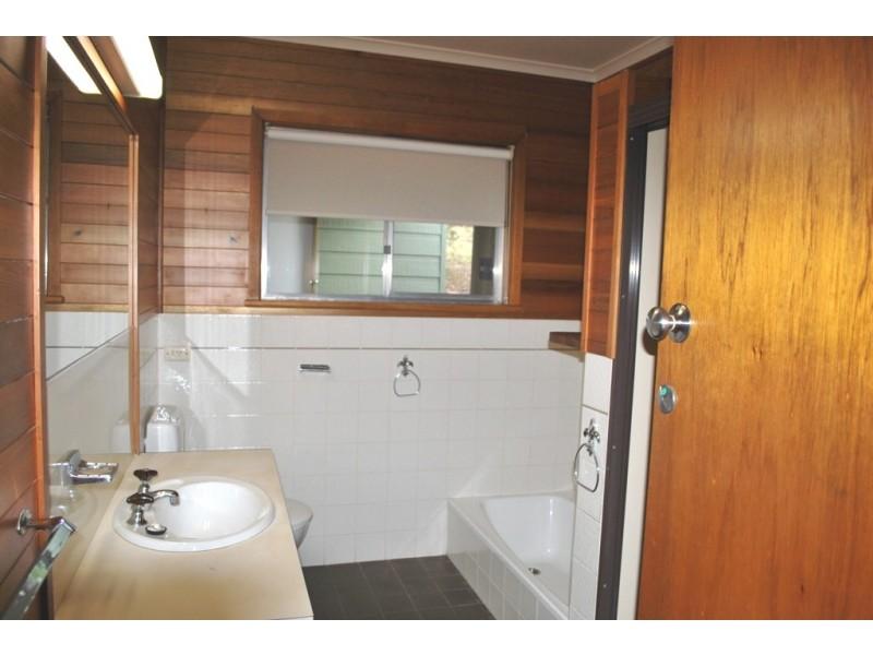 52 A Halls Rd, Myrtleford VIC 3737