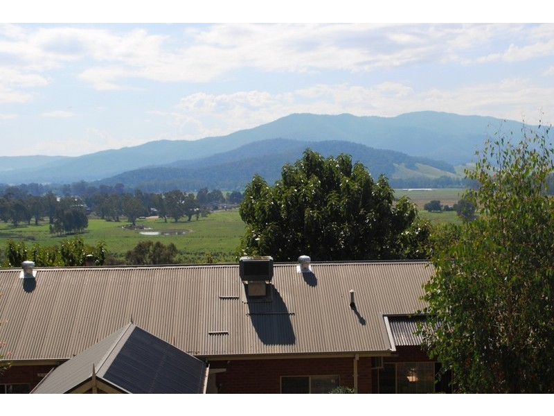 281 Buffalo River Rd, Myrtleford VIC 3737