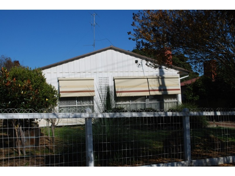 68 Mummery Rd, Myrtleford VIC 3737