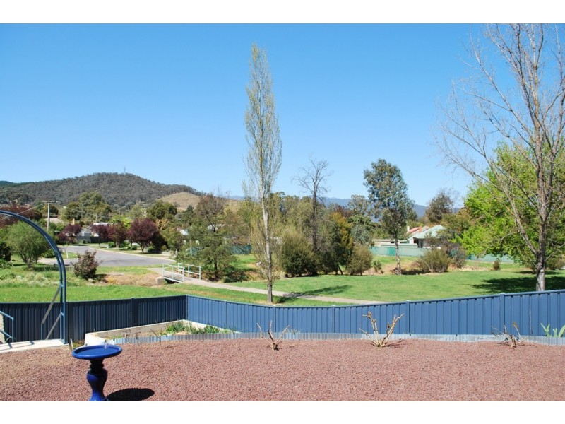 58 O'Donnell Ave, Myrtleford VIC 3737