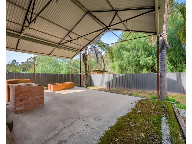 49 Howlong Road, Burrumbuttock NSW 2642