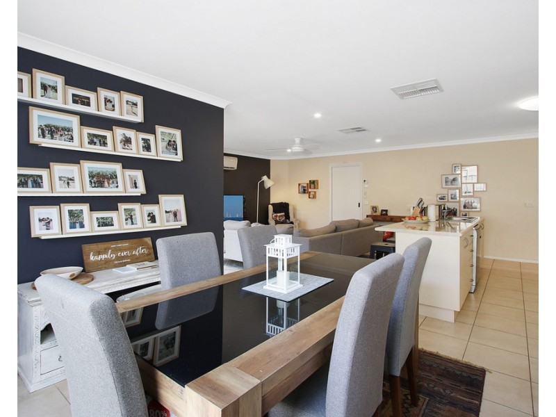 32 Chafia Place, Springdale Heights NSW 2641