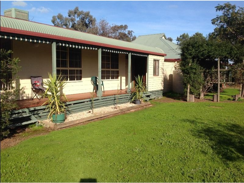 1009 'Burnside'Balldale Road, Balldale NSW 2646