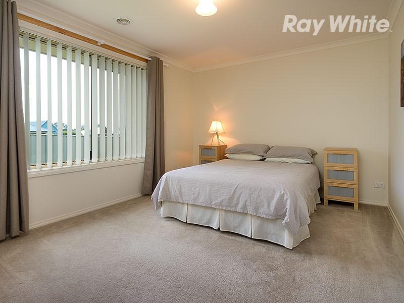 16 Firetail Street, Thurgoona NSW 2640