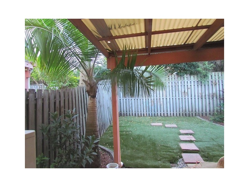 2/6 King St, Southport QLD 4215