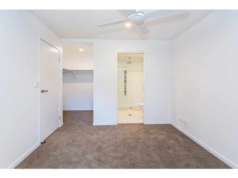11 Andrews St, Southport QLD 4215