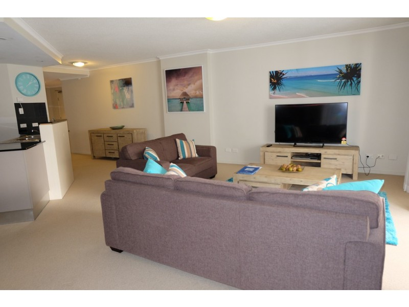 21 CYPRESS AVENUE, Surfers Paradise QLD 4217