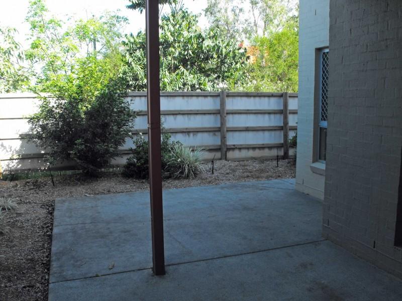 6 / 6 – 32 University Drive, Meadowbrook QLD 4131
